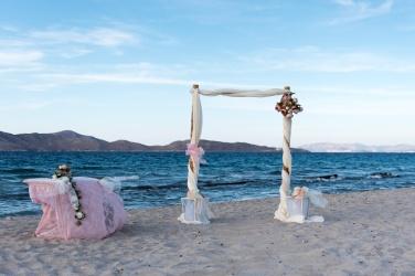 Bohemian Photographer in Santorini