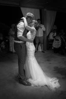 Wedding photographer in Greece, Kos island, Rhodes, Santorini, Mykonos
